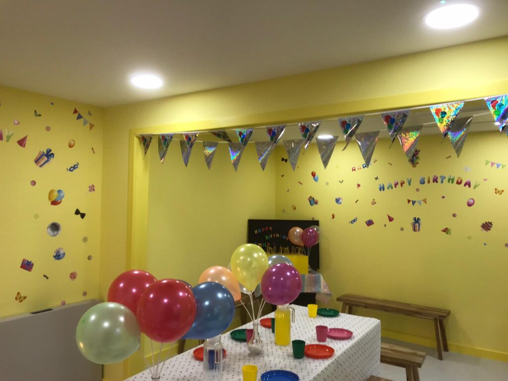 Laughing Ducks Soft Play Party Venue 7